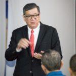 Dr. Ricardo Valenzuela